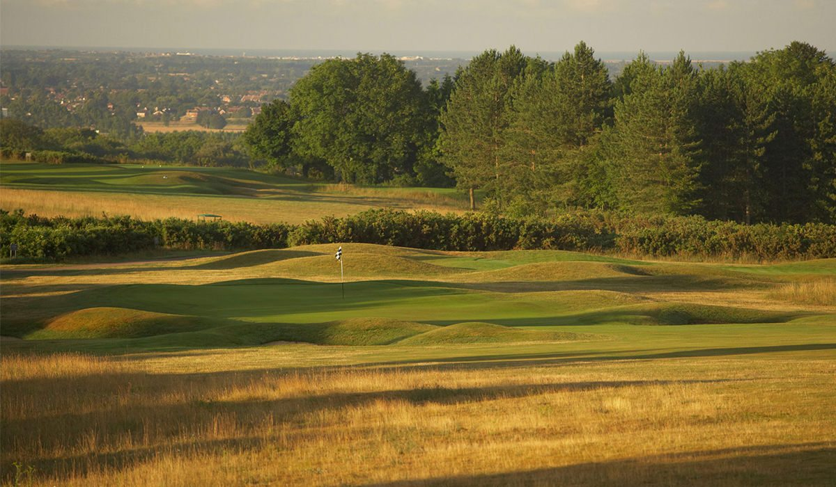 best pay and play golf courses near london