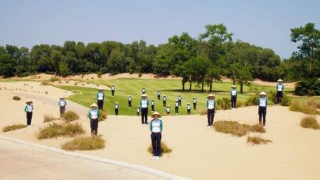 Golf vs Covid19 - Social Distancing